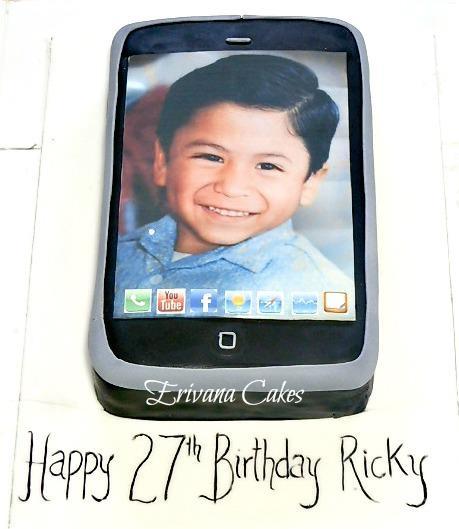 iPhone cake 2
